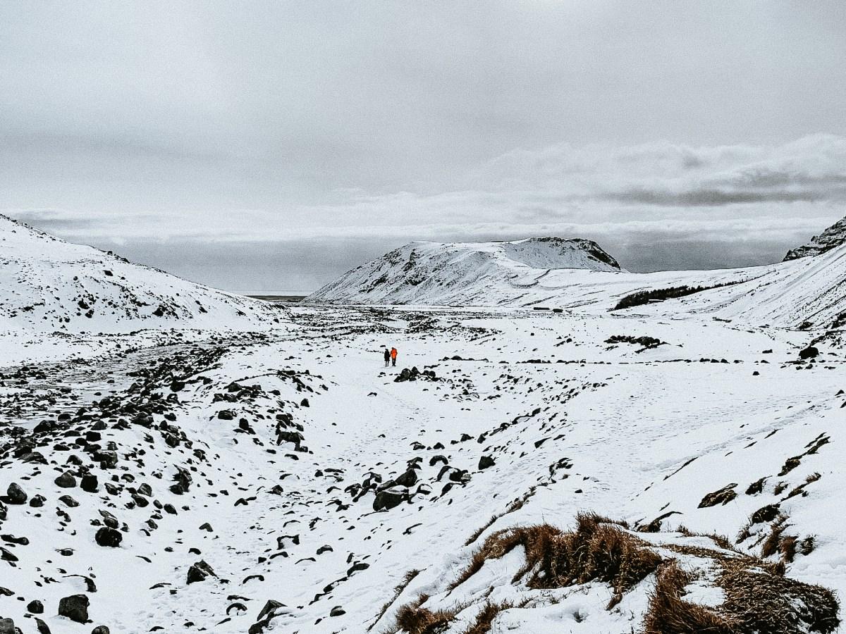 Road to Seljavallalaug