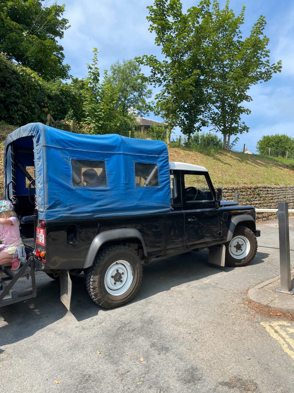 Land Rover parked in clovelly