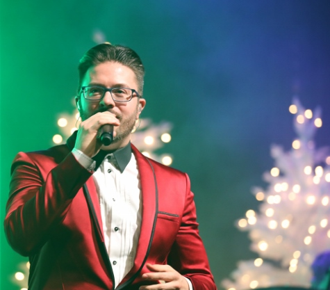 Danny Gokey performs Zorn Arena Celebrate Christmas Tour