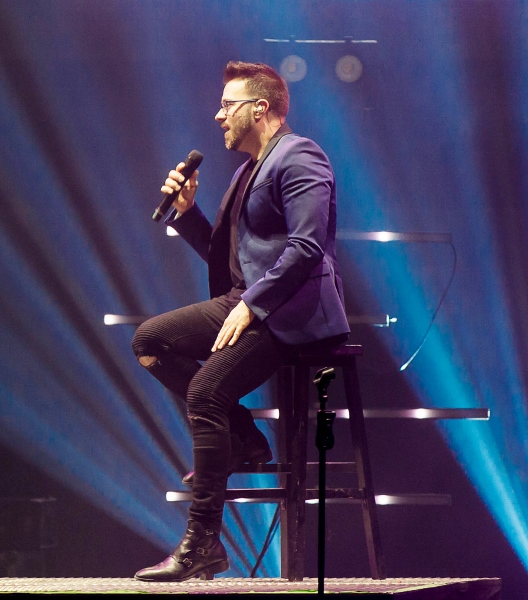 Danny Gokey singing on the Very Next Thing Tour