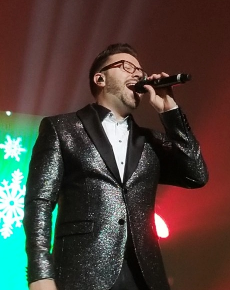 Danny Gokey performs in Green Bay