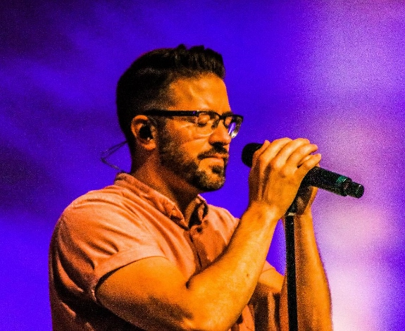 Danny Gokey in the spot light FCC by YCoyle