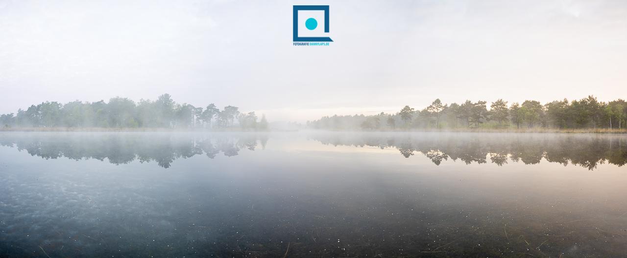 Landschap Kempen met veel mist