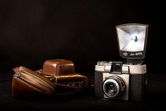Een dierbaar voorwerp, de camera waar ik als baby mee ben gefotografeerd