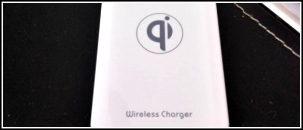 Review: A Qi Wireless Phone Charger