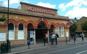 Thames-Tunnel-Visit-Rotherhithe-station-590×443-400×250