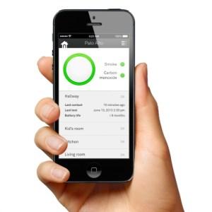 rp_Nest-Protect-Smoke-Carbon-Monoxide-detector-Smartphone-590.jpg