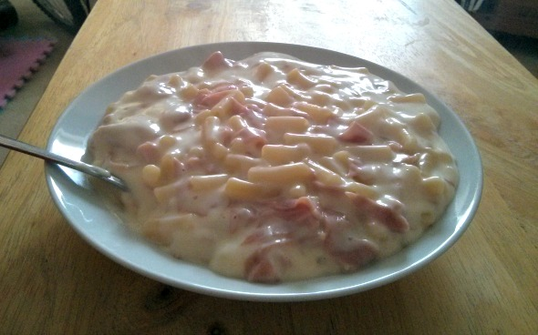 Macaroni cheese made with Cherry Tree Farm Wafer Thin Turkey Ham