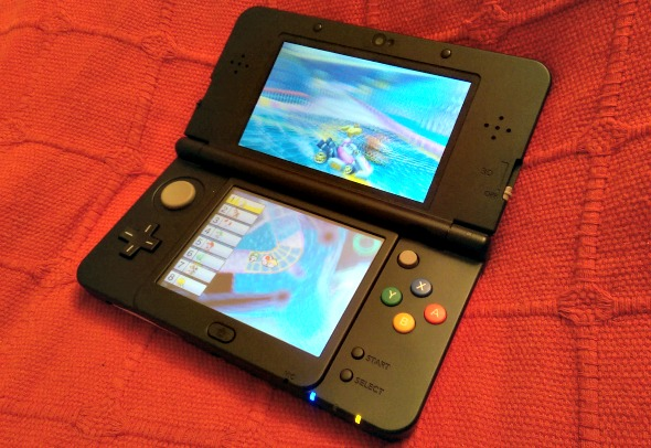 New Nintendo 3DS - Mario Kart 7 game