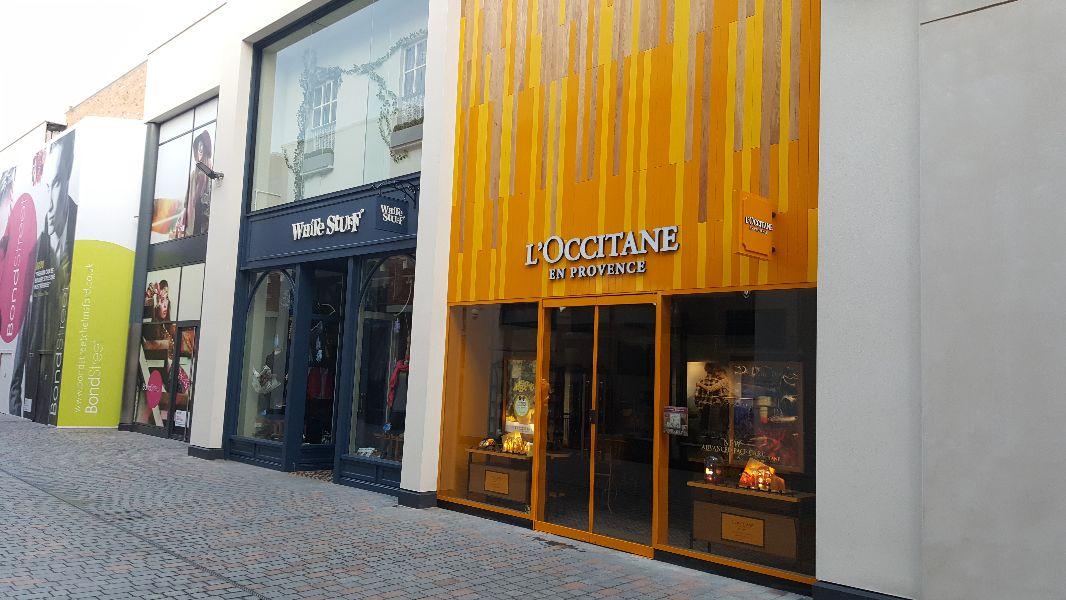 Bond Street, Chelmsford - White Stuff and L'Occitane - 2016-10-02 07.52.07