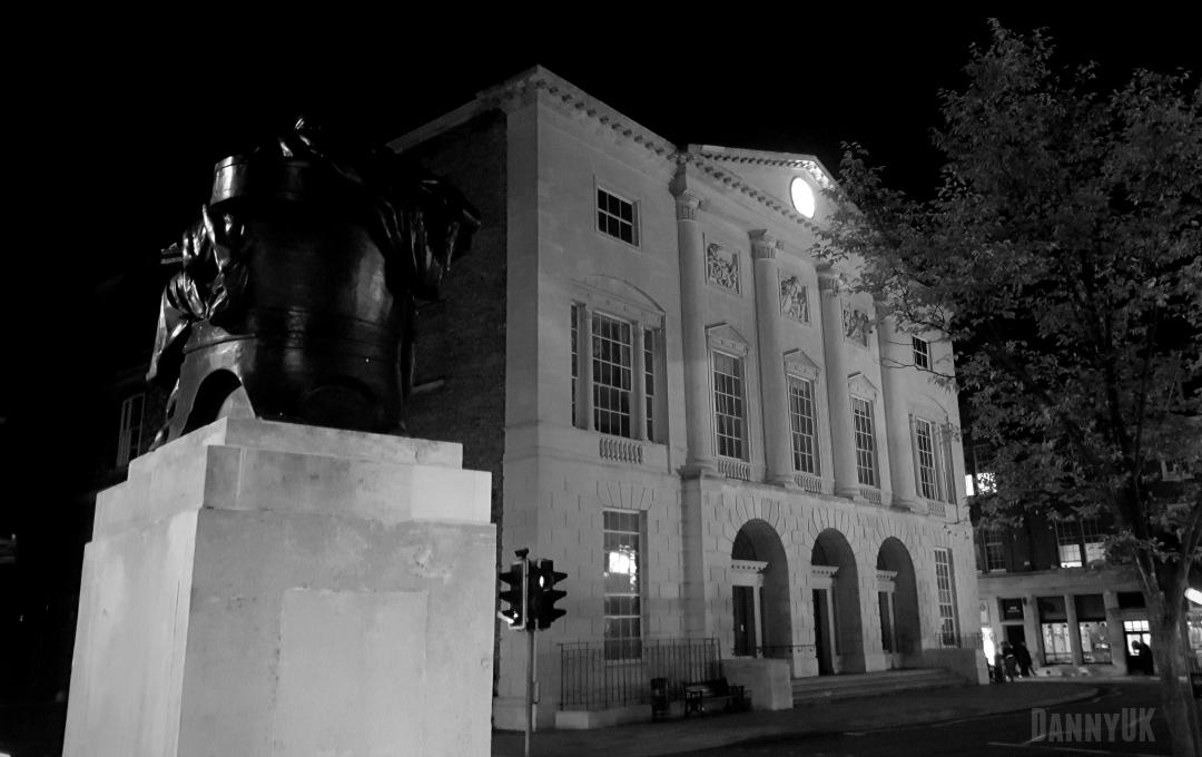 Shire Hall, Chelmsford, illuminated at night