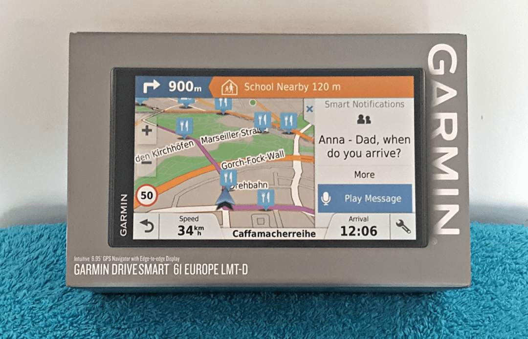 The boxed Garmin DriveSmart 61 - Garmin SmartDrive 61 in action - free lifetime maps, voice commands, Garmin smartphone link and more. Is it better than Waze, a free sat nav?