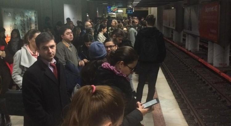 Metrou Victoriei