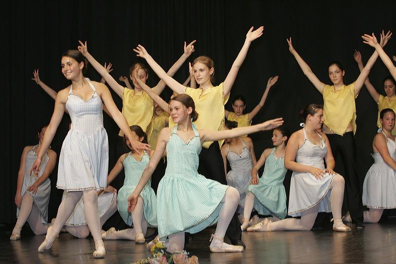Danse enfants Gramat Bretenoux