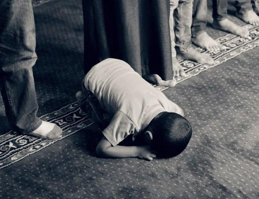 Skal muslimerne tage afstan