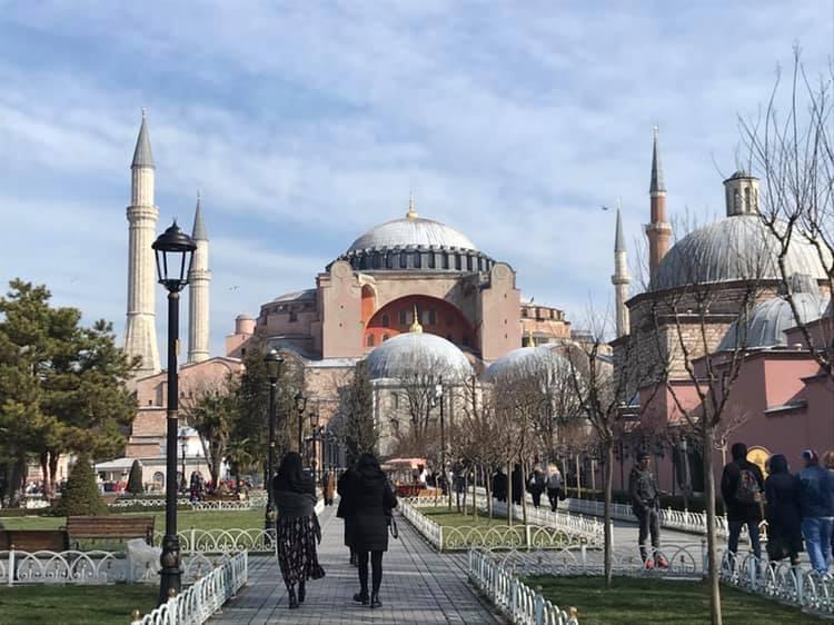 hagia sophia museum, hagia sofia museum, aya sofya museum, oplevelser i istanbul, moske i istanbul, museer i istanbul, hagia Sophia kirke, hagia sophia moske, oplevelser i tyrkiet, den blå moske istanbul. hagia sophia fakta, tyrkiet blog, tyrkiet blogger, alanya blogger