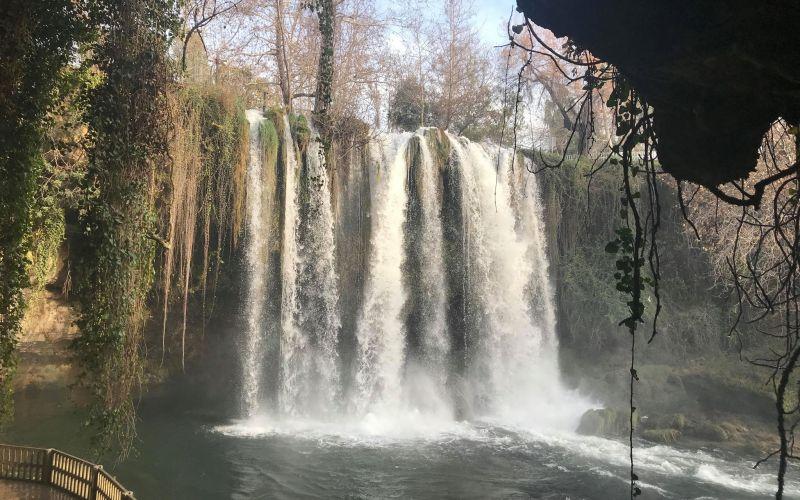 düden vandfaldene, düden vandfald, düden øvre vandfald, düden nedre vandfald, naturoplevelser i Antalya, vandfald i antalya, oplevelser i antalya, seværdigheder i antalya, dansk i tyrkiet, alanya blogger, tyrkiet blogger, antalya rejse inspiration