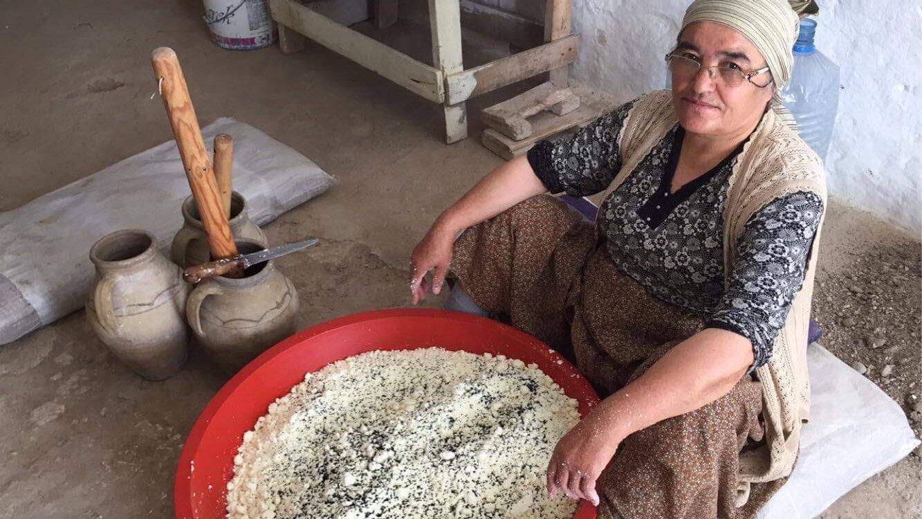 pekmezproduktion i landsbyen, tyrkiske landsbyer, tyrkisk kultur, hverdagen i tyrkiet, hvad er pekmez, tyrkisk vindruesirup, tyrkiet blogger