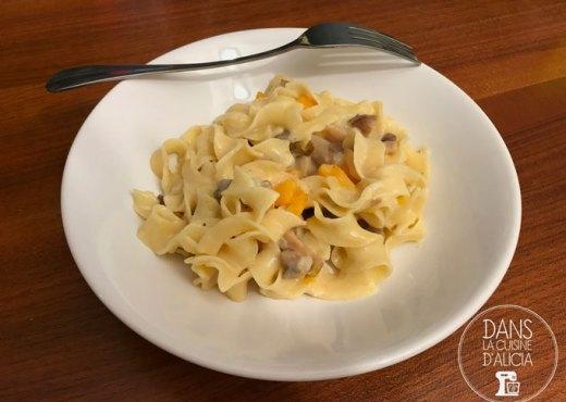 Assiette de One pot pasta d'automne