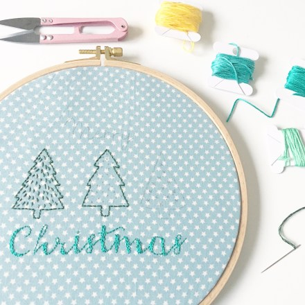 Tambour brodé Merry Christmas - Free printable inside