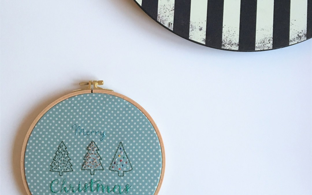 Tambour brodé : Merry Christmas – Free printable inside
