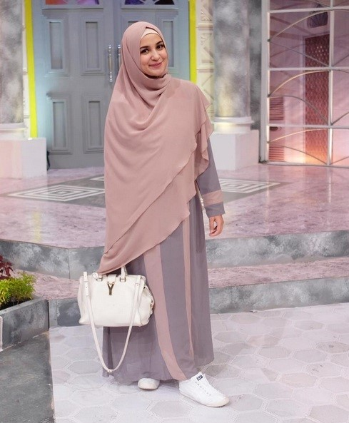 Pastel dress dan khimar