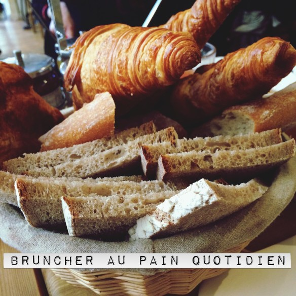 Le Pain Quotidien Brunch Paris corbeille à pains