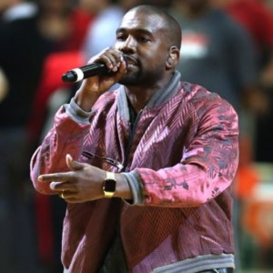 Kanye West wearing Apple Watch