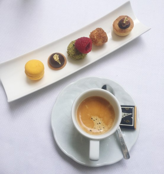 Restaurant Westin Hotel Le First Paris café gourmand