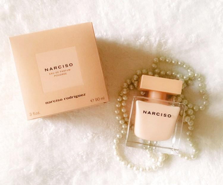 Narciso Eau de Parfum Poudrée Narciso Rodriguez avis blog prix