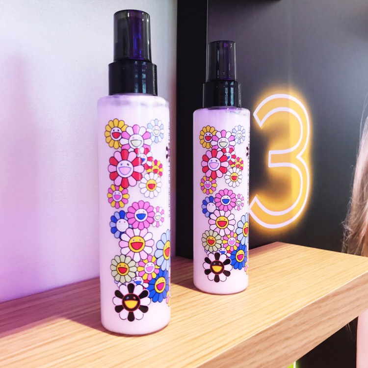 collection Shu Uemura X Murakami Cosmic Blossom avis blog brushing haircare soin des cheveux air blow