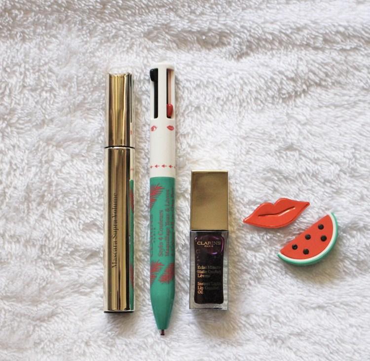 La jolie collection maquillage Hâle d'été 2018 de Clarins mascara supra volume stylo 4 couleurs huile confort lèvres blackberry avis blog swatch photo