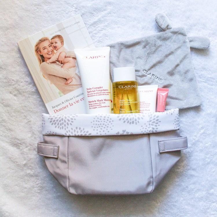 Magnifique coffret maternité Clarins pour femme enceinte avis blog future maman