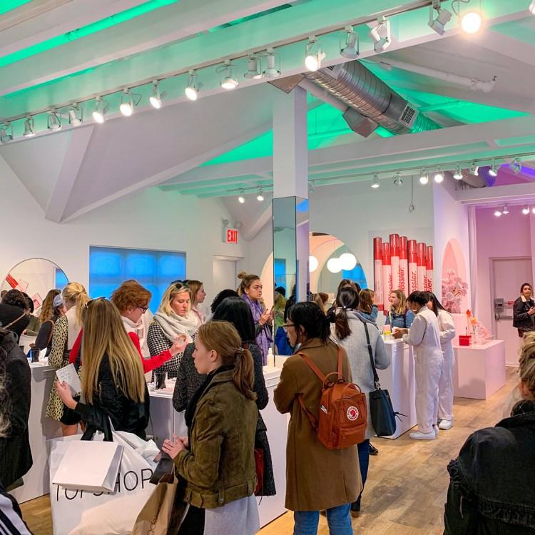 New York Glossier Showroom bonnes adresses à faire absolument blog voyage dans mon sac de fille
