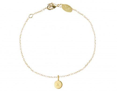 Idées cadeaux et wishlist pour la fêtes des mères 2019 happy mother day blog bracelet initiales Nilaï Paris