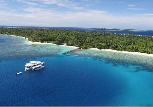 Hôtel-île ou bateau?