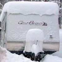 8 étapes d'hivernisation d'une roulotte, caravane, VR et démarrage au printemps