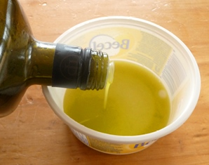 huile vegetale perce-oreille