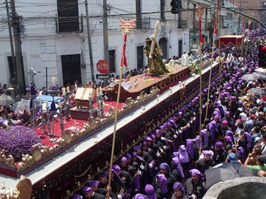 Procesión_de_Jesús_de_los_Milagros,_Iglesia_de_San_José,_ciudad_de_Guatemala,_en_Domingo_de_Ramos
