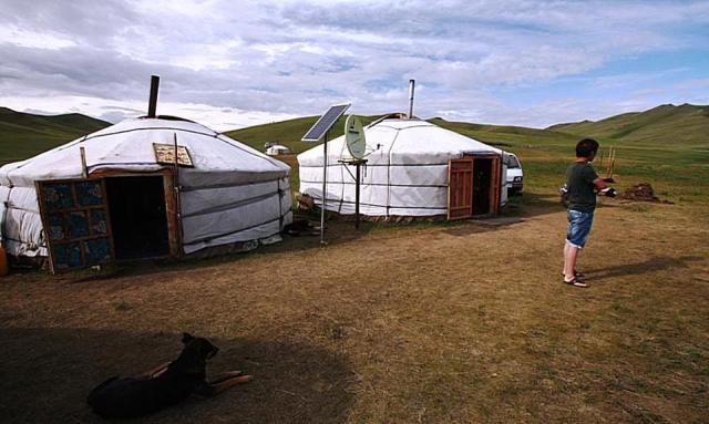 Comisarul Dacian Ciolos in Mongolia A
