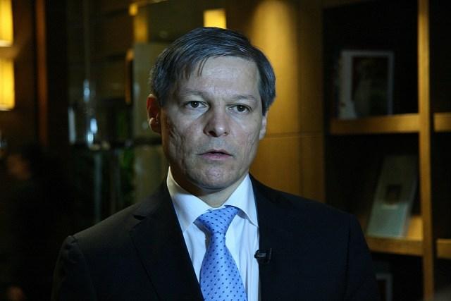 Comisarul UE pentru Agricultura Dacian Ciolos 1