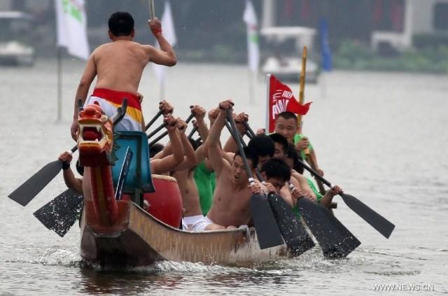 Festivalul Barcilor Dragon sau Duanwu 3