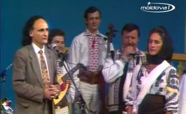Sofia Vicoveanca si Grigore Vieru la Chisinau, septembrie 1988 B