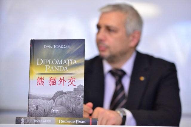 3 DIPLOMATIA PANDA, la Craiova 21.04.2015