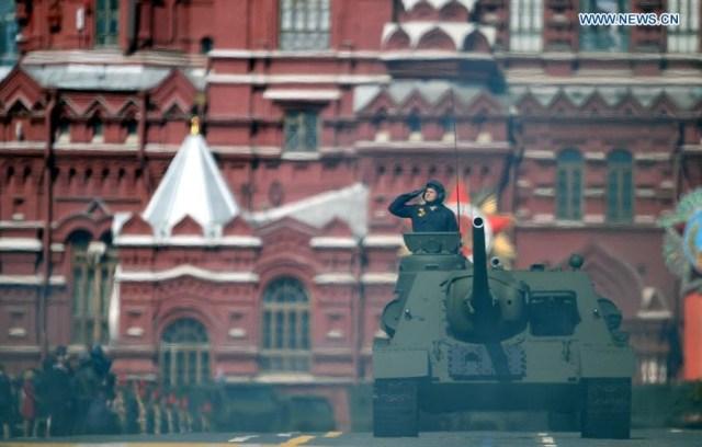 SU-100 tank destroyer, Moscova 9 mai 2015