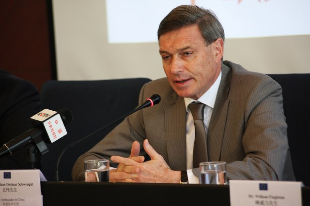 2 ES Hans Dietmar Schweisgut, Amb UE in China