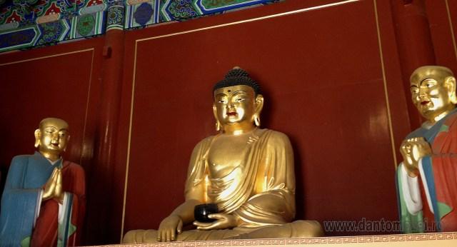 Templul Stupa Alba, Beijing 4