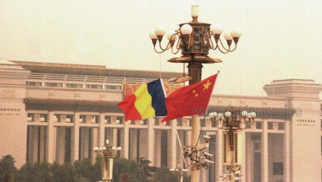 Drapele Romania-China, la Beijing