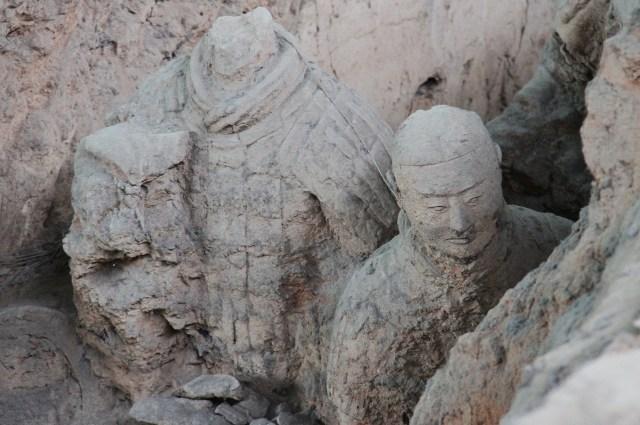 3 Soldatii de teracota_dantomozeiRO_25.04.2017