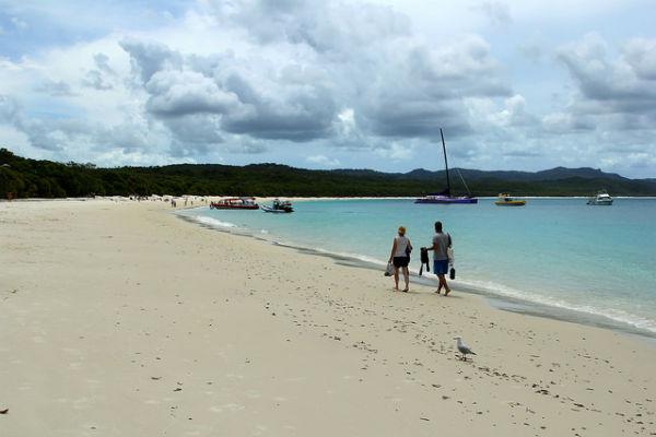 Witter dan wit wordt het niet op Whitehaven Beach in Australië